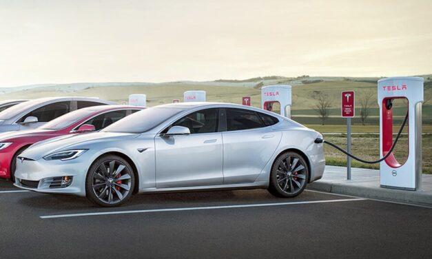 Tesla installe son 500e compresseur au Royaume-Uni