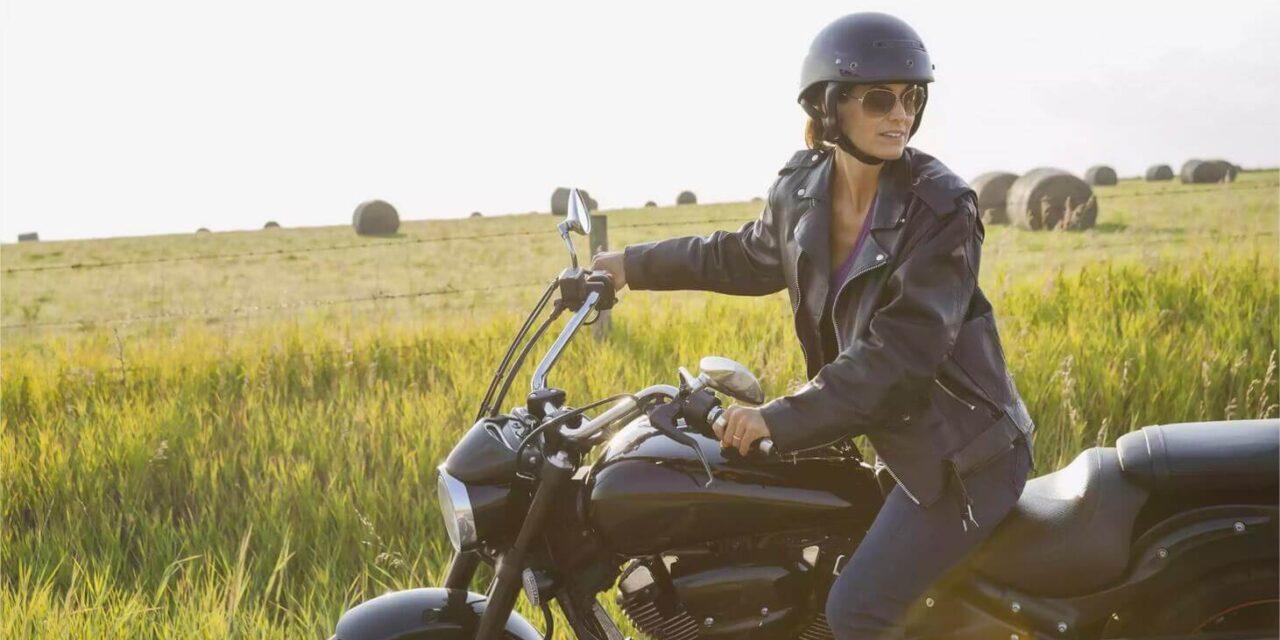 Comment conduire une moto en 10 étapes simples ?
